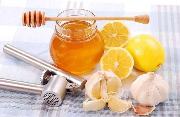 Cách chữa ho cho trẻ sơ sinh bằng tỏi và mật ong