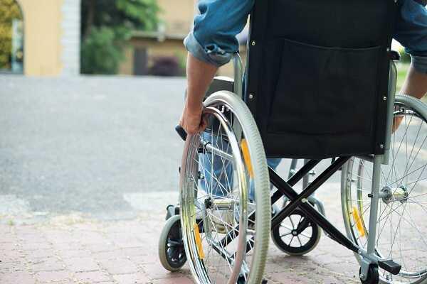 Thông tin cần biết về bệnh xơ cứng cột teo cơ (ALS)